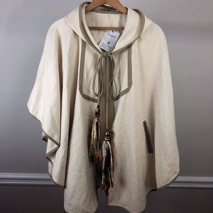 Hooded Cape w/ POCKETS *Sample* NWT